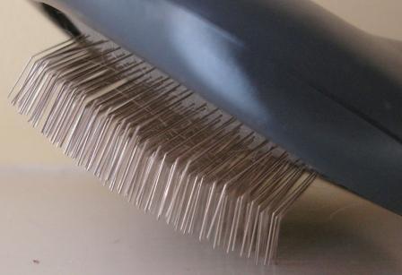 JW Pet gripsoft soft slicker brush angled pins