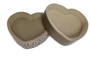 Pet Dogma Heart Shaped Cat Scratcher Lounge and Bed Product Review