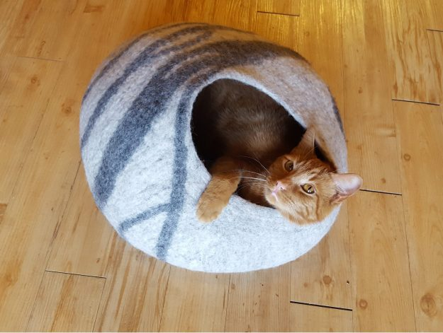 Meowfia Premium Cat Bed Cave with orange kitty